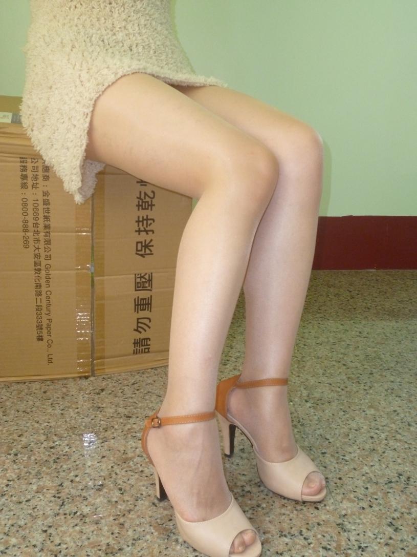 素人~紙箱絲腿 - 貼圖 - 絲襪美腿 -