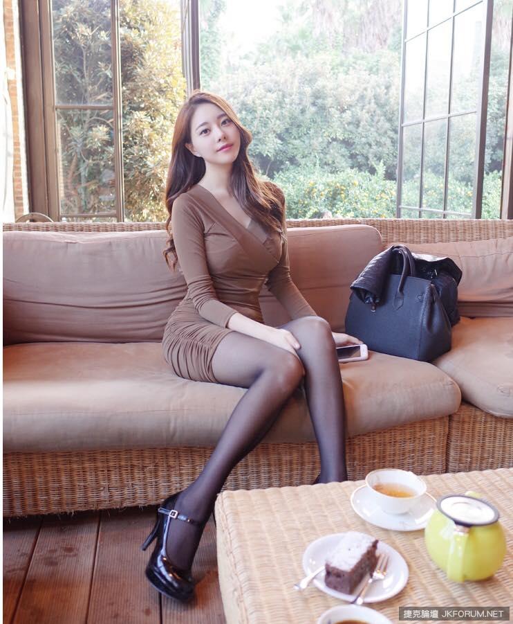 逆天身材南韓娜美 金敏英 巨乳+不思議長腿超逆天