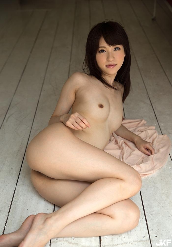 moe-amatsuka4_17.jpg