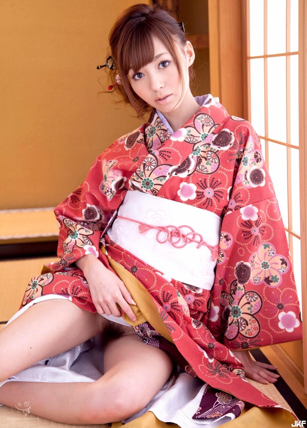 kishi_aino_1042-098.jpg