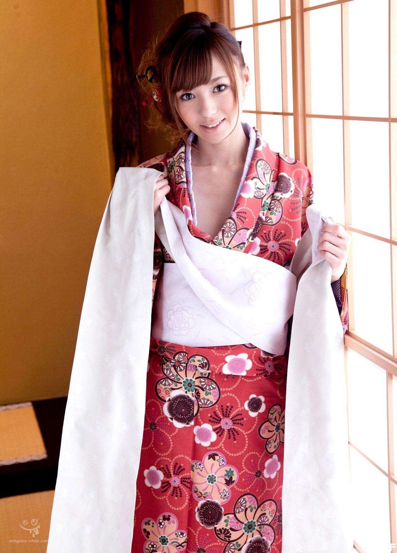 kishi_aino_1042-102.jpg