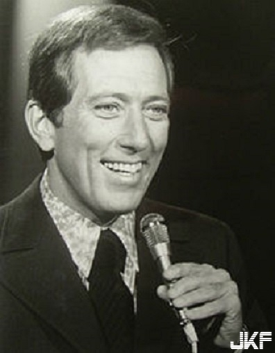 220px-Andy_williams_1969.JPG