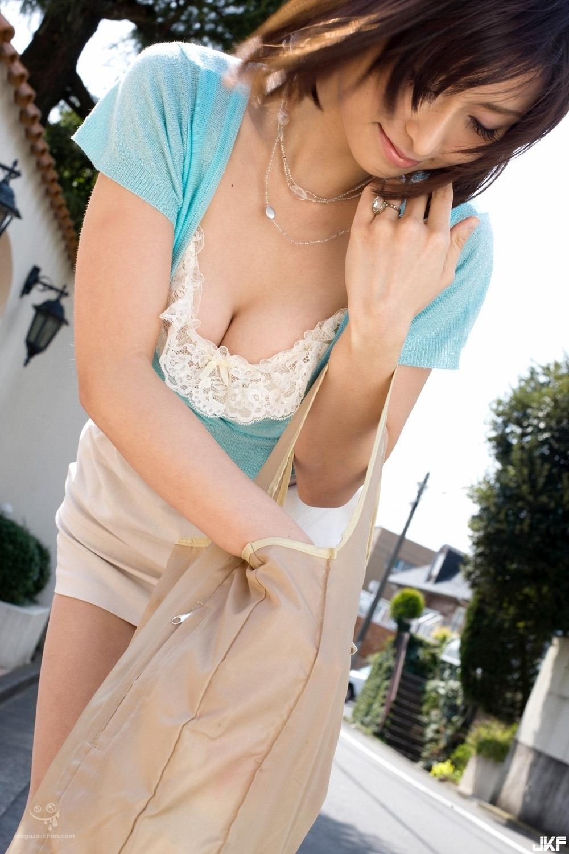 asahina_akari_1070-090.jpg
