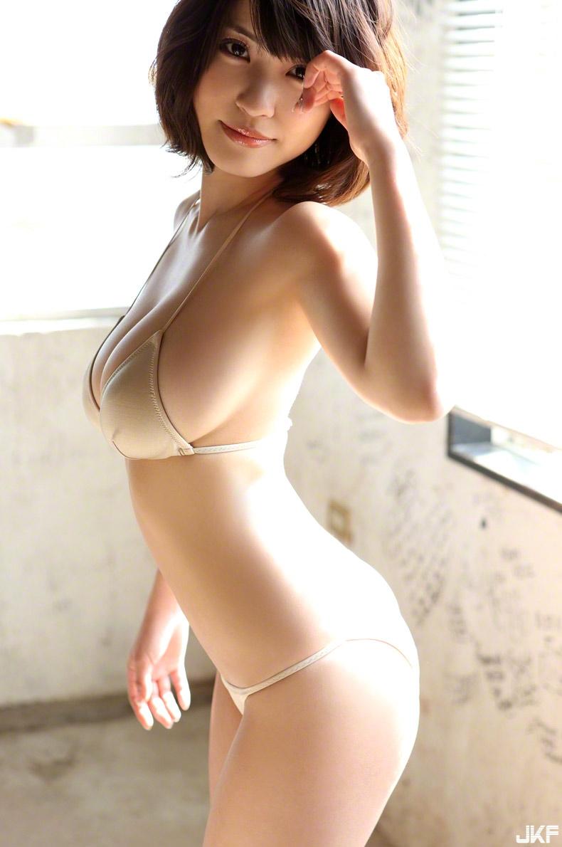 asuka-kishi-15091516-033.jpg