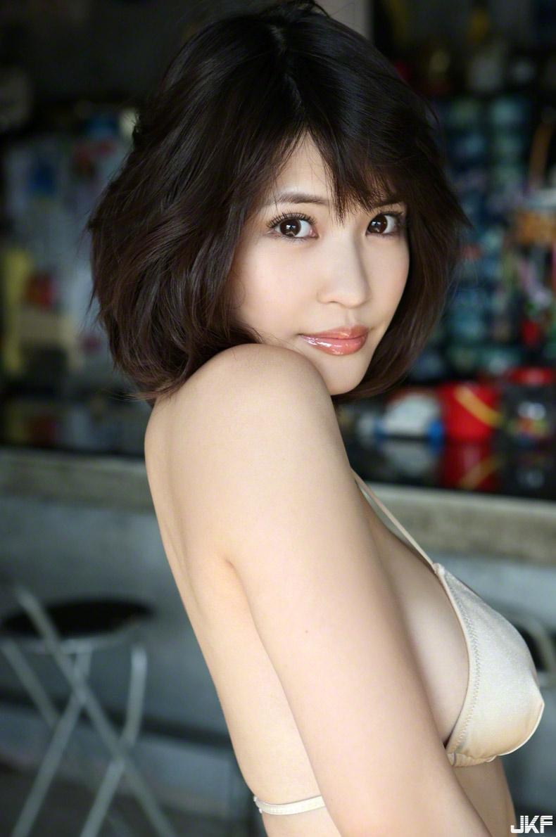 asuka-kishi-15091516-043.jpg