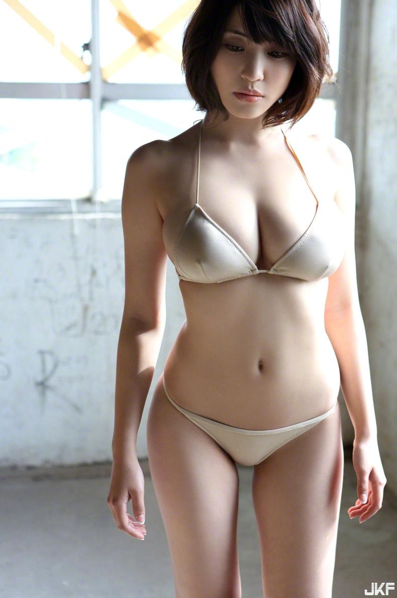 asuka-kishi-15091516-120.jpg