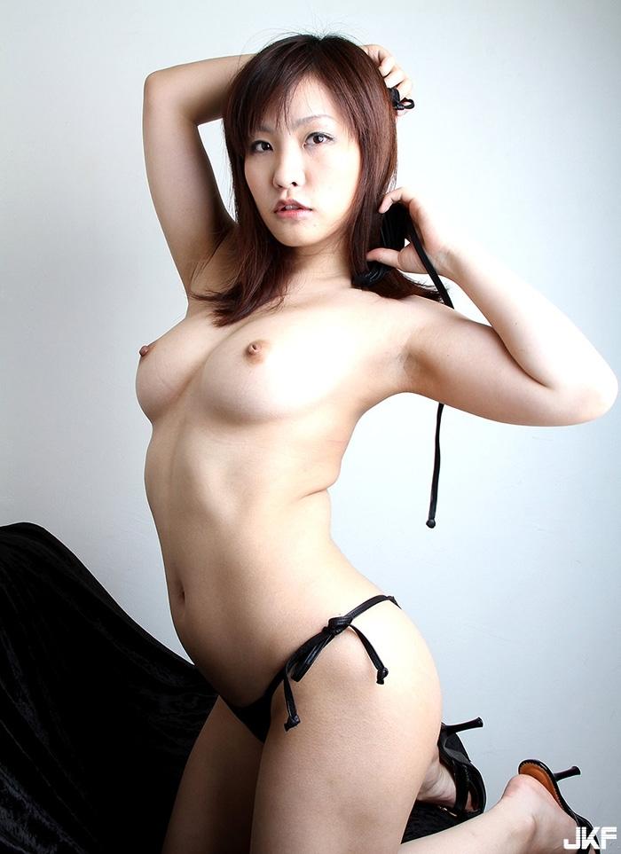 hnalady380_65.jpg