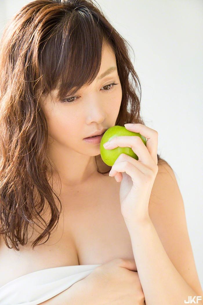 anri-sugihara33_3.jpg