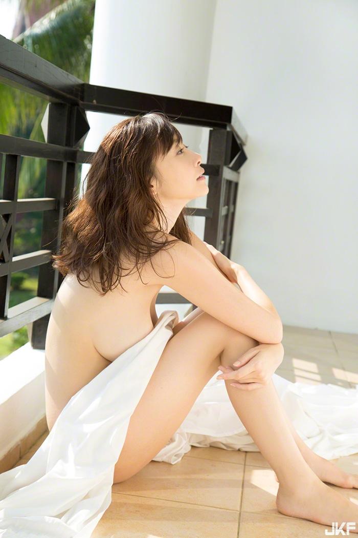 anri-sugihara33_4.jpg