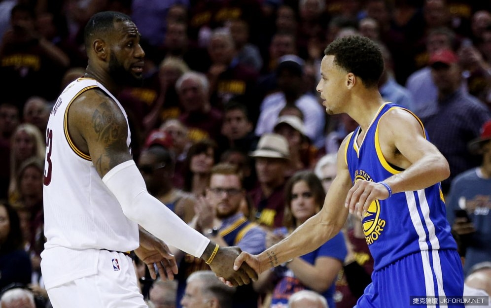 lebron-james-says-he-has-never-seen-anybody-like-stephen-curry-play-basketball.jpg