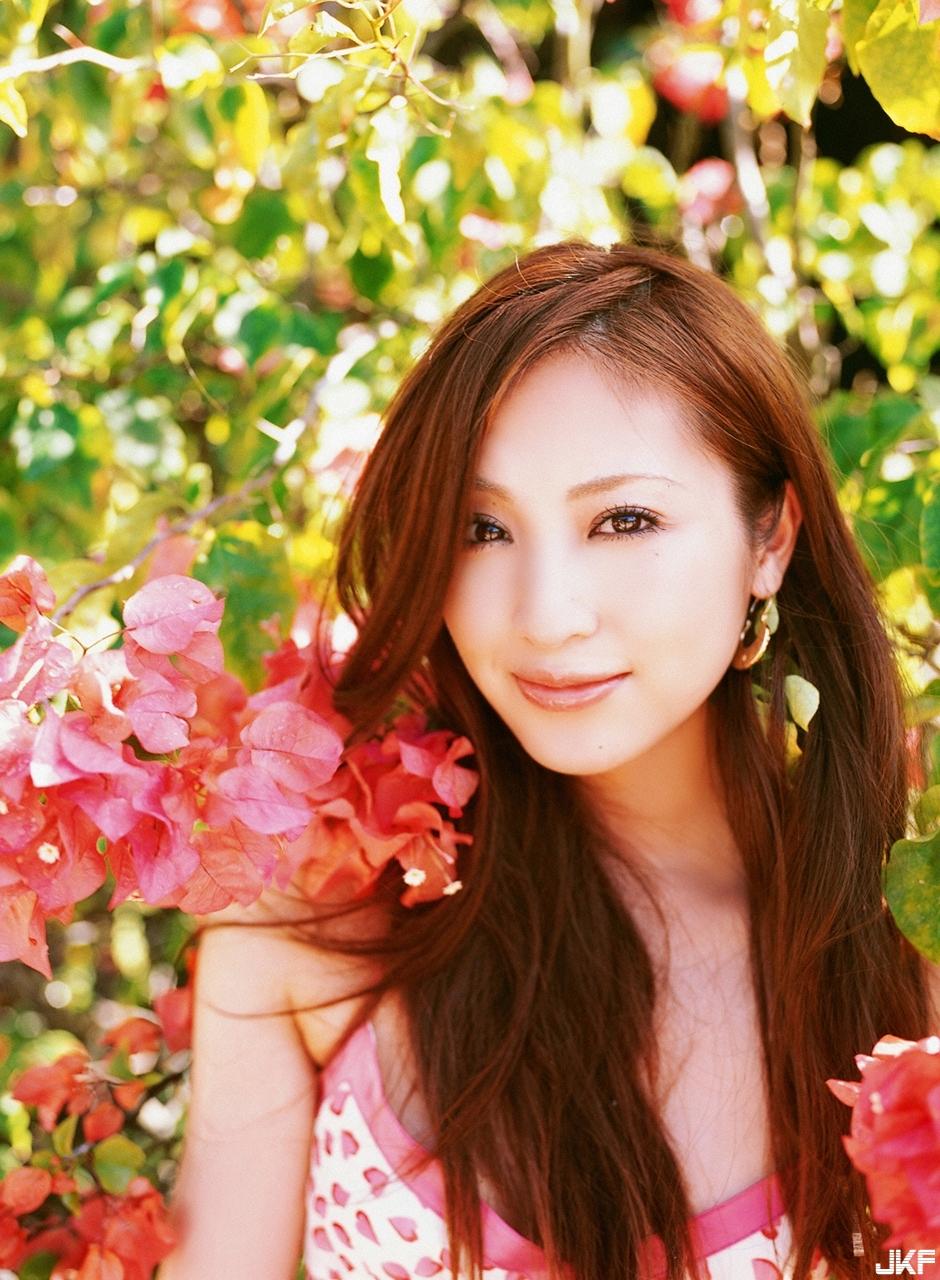 tatsumi-natsuko-468420.jpg