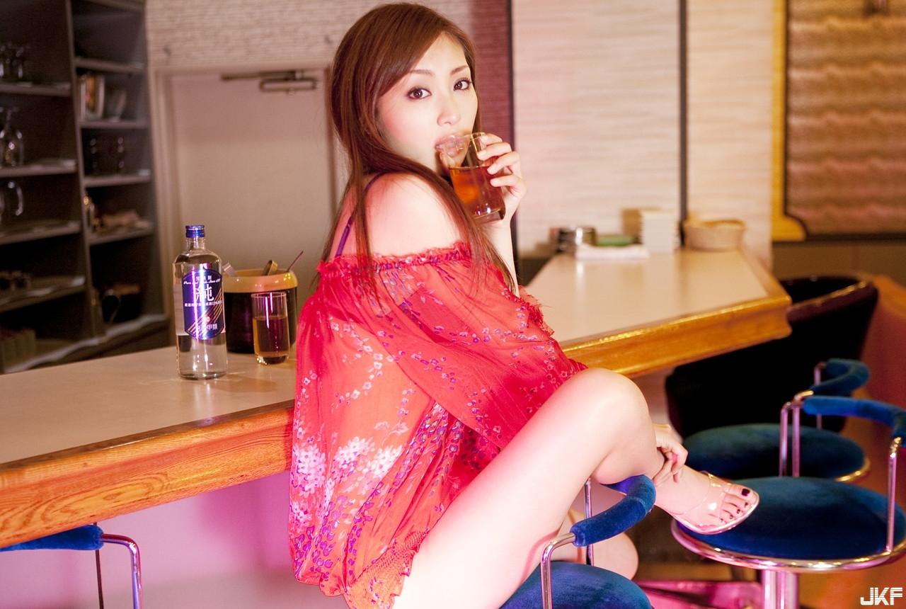 tatsumi-natsuko-496353.jpg