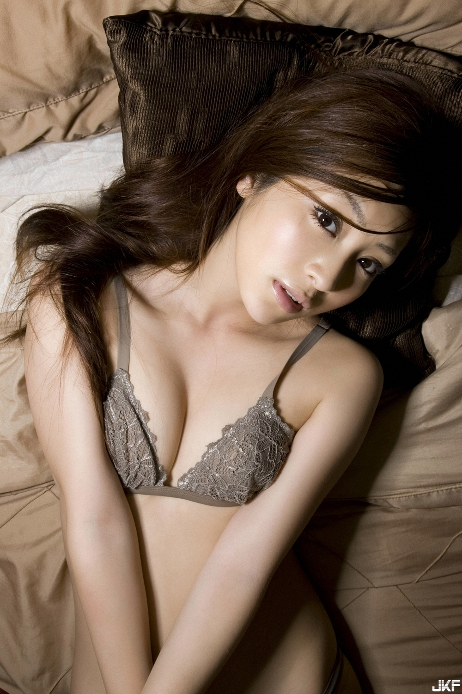 tatsumi-natsuko-496471.jpg