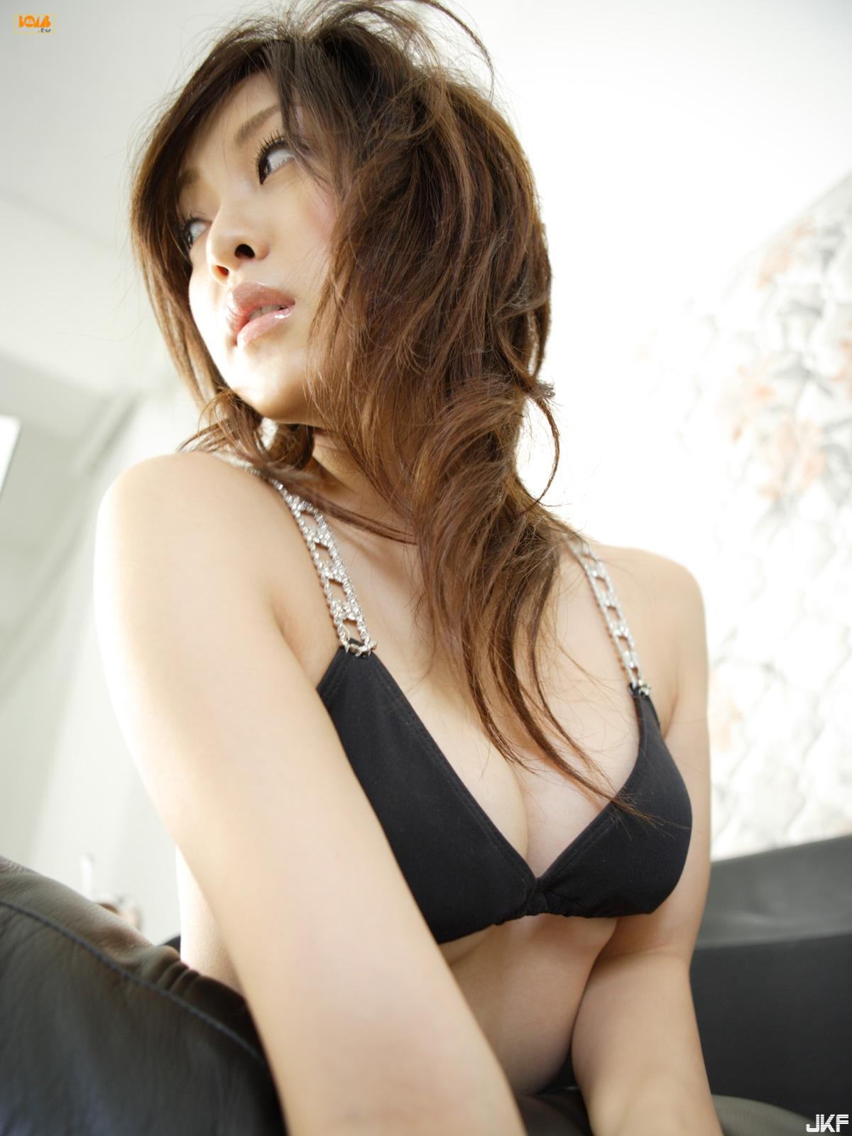 tatsumi-natsuko-589098.jpg