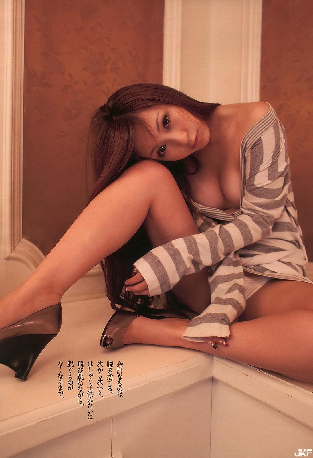 tatsumi-natsuko-590215.jpg