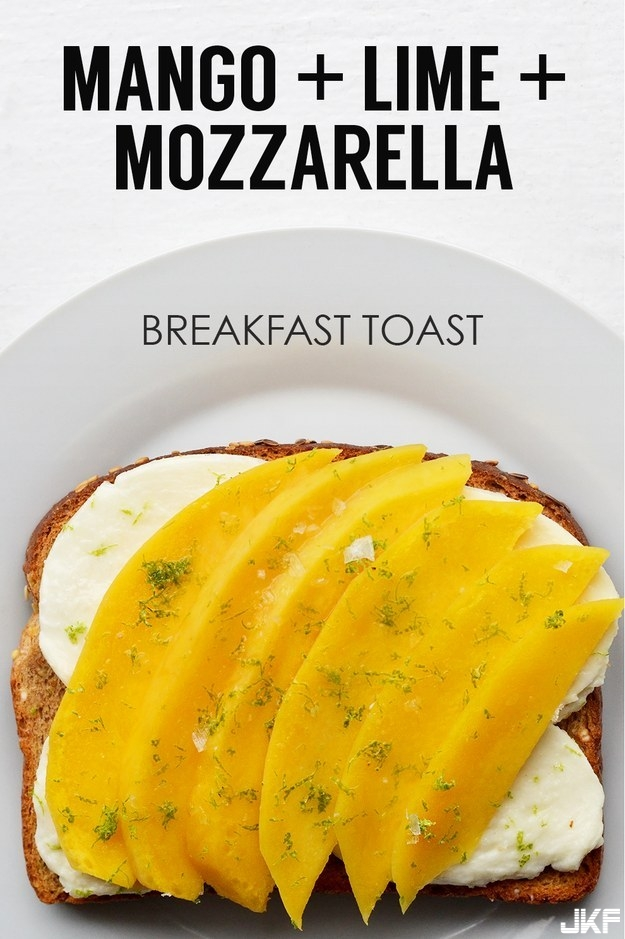adaymag-21-ideas-for-breakfast-toasts-04.jpg