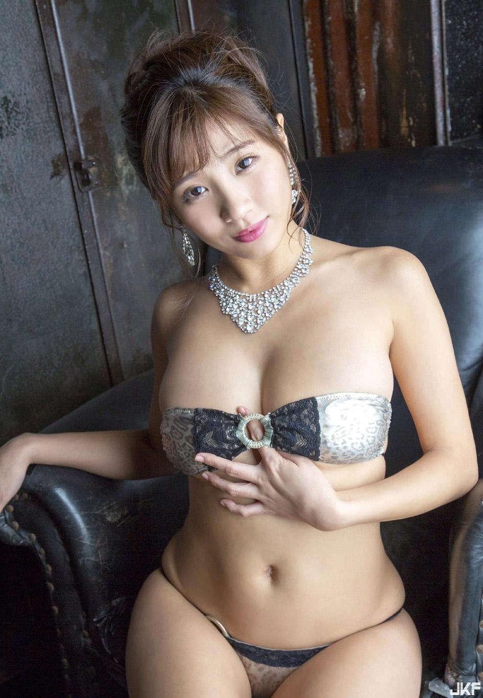 hazuki_aya_160921_096.jpg