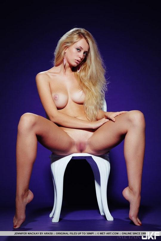Jennifer_Mackay-0001.jpg