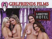 Twisted Passions 10 (Girlfriends Films�s��-�ᦱ���E�� 10)