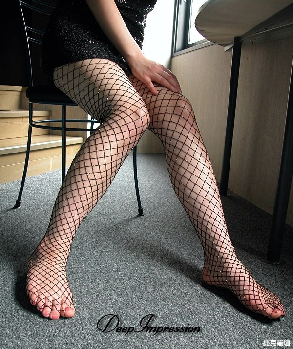 絲襪美腿一次看個夠[49P] - 貼圖 - 絲襪美腿 -