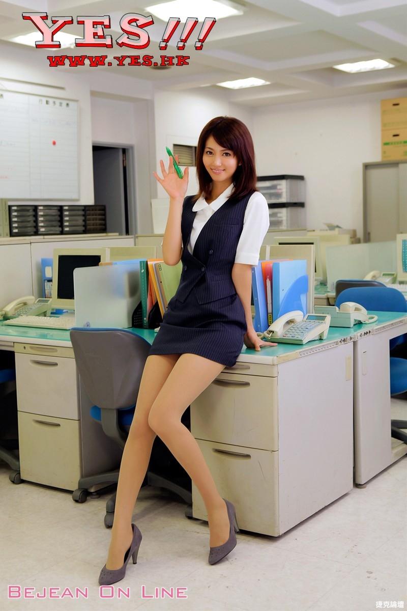 美麗的美腿乳房引誘你的生理慾望 [28P] - 貼圖 - 絲襪美腿 -