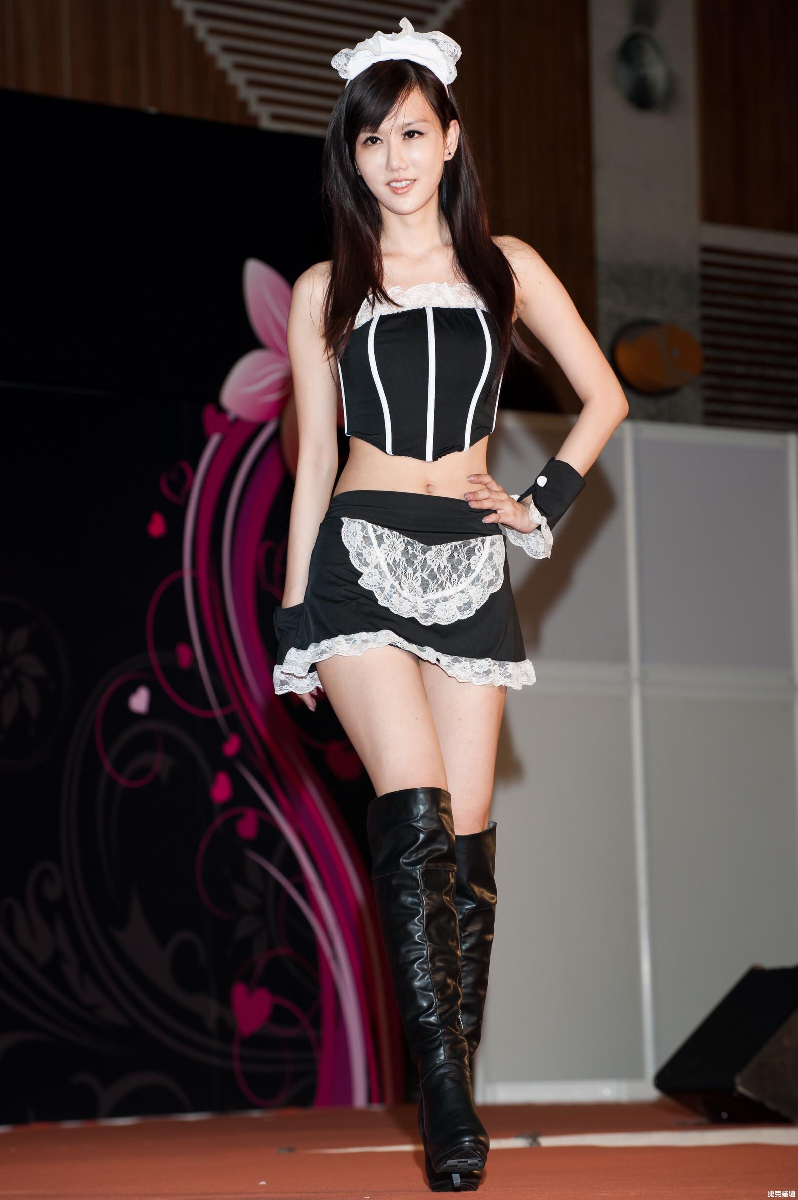 台灣成人博覽會Adult Expo女傭誘惑篇[35P] - 貼圖 - 絲襪美腿 -