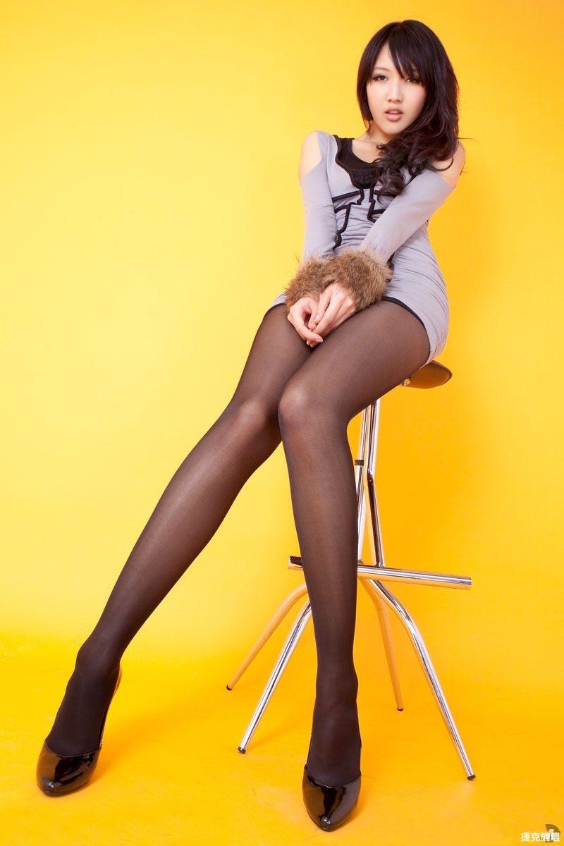 黑絲襪美女(30P) - 貼圖 - 絲襪美腿 -
