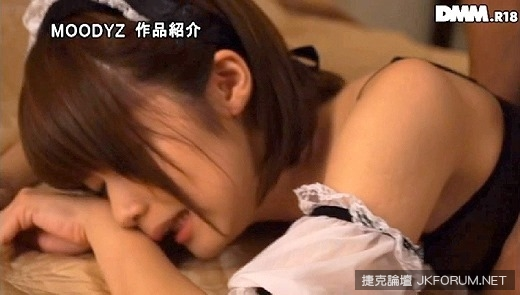 ito_chinami_4406-039s.jpg