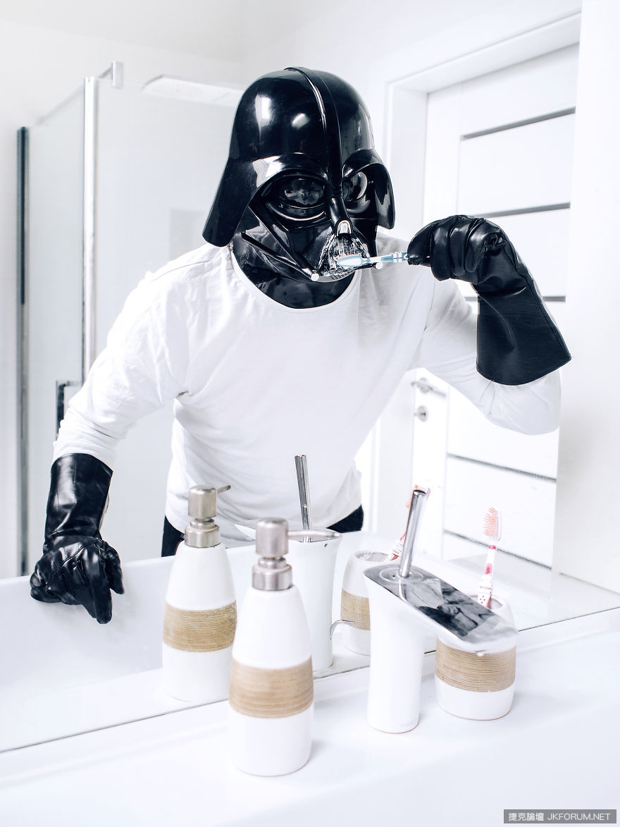 The-Daily-Life-Of-Darth-Vader-Is-My-Latest-365-Day-Photo_002.jpg