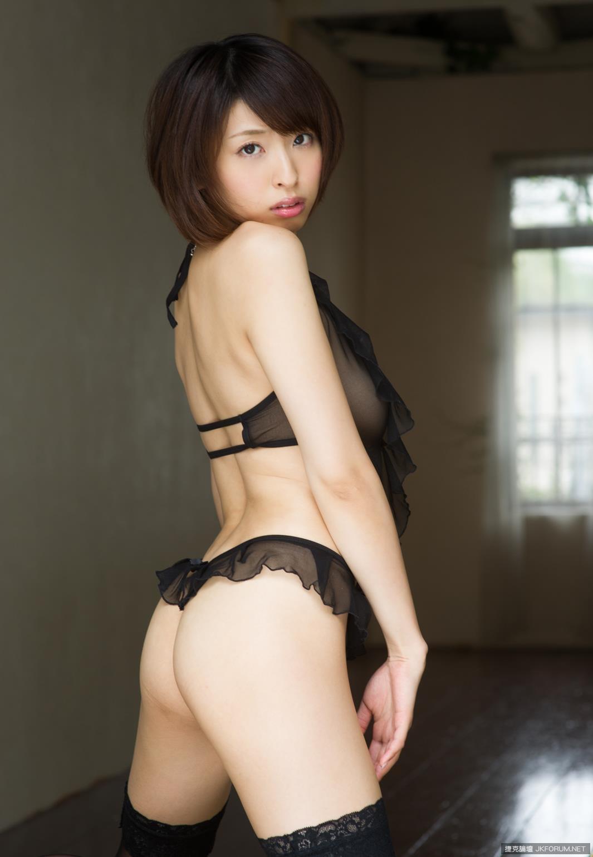syouko-akiyama-1094_004.jpg