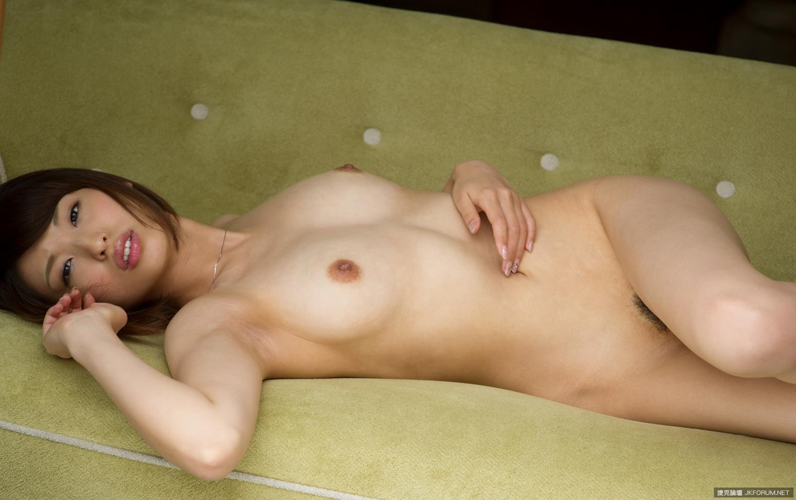 syouko-akiyama-1094_030.jpg