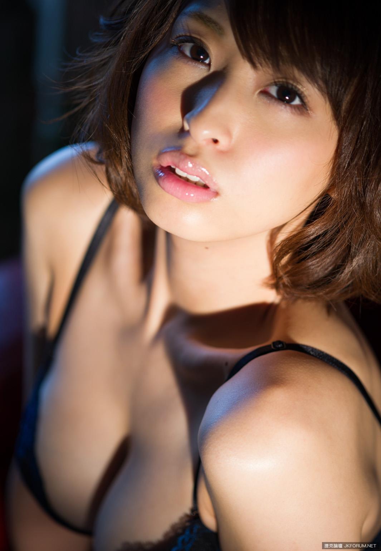 syouko-akiyama-1094_032.jpg