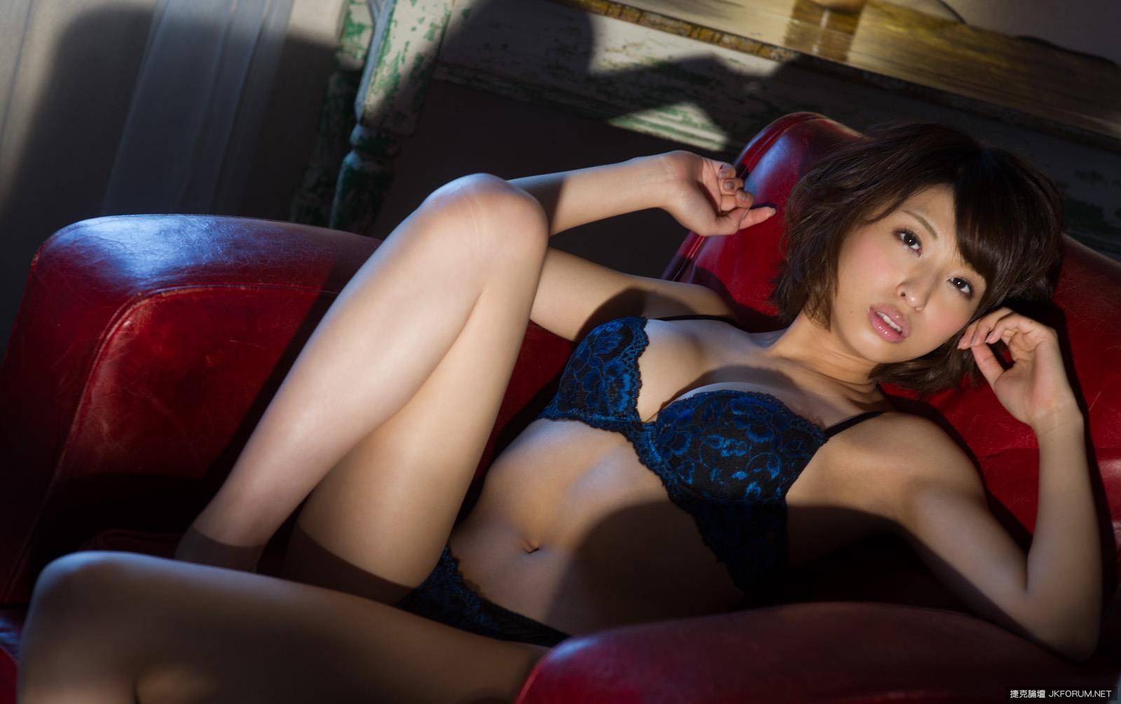 syouko-akiyama-1094_035.jpg