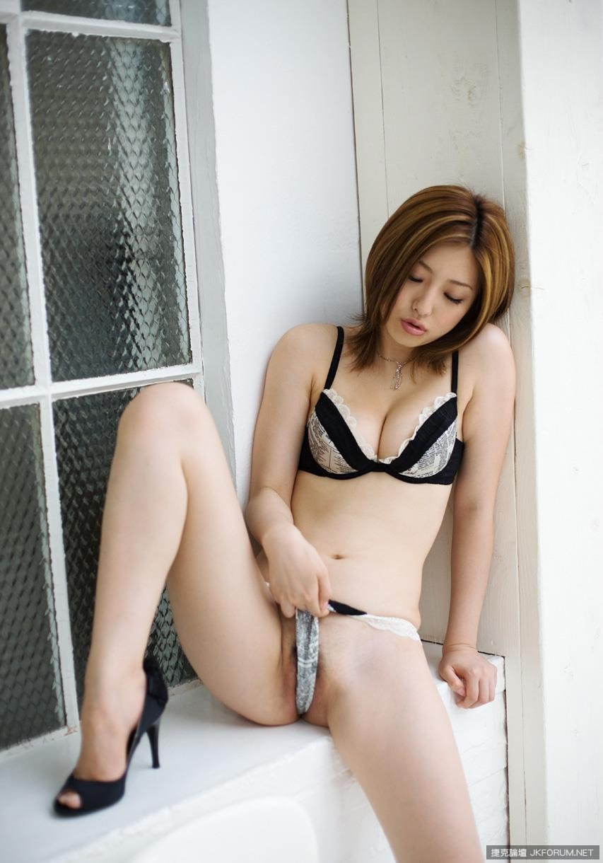 hada-ai-1060_082.jpg