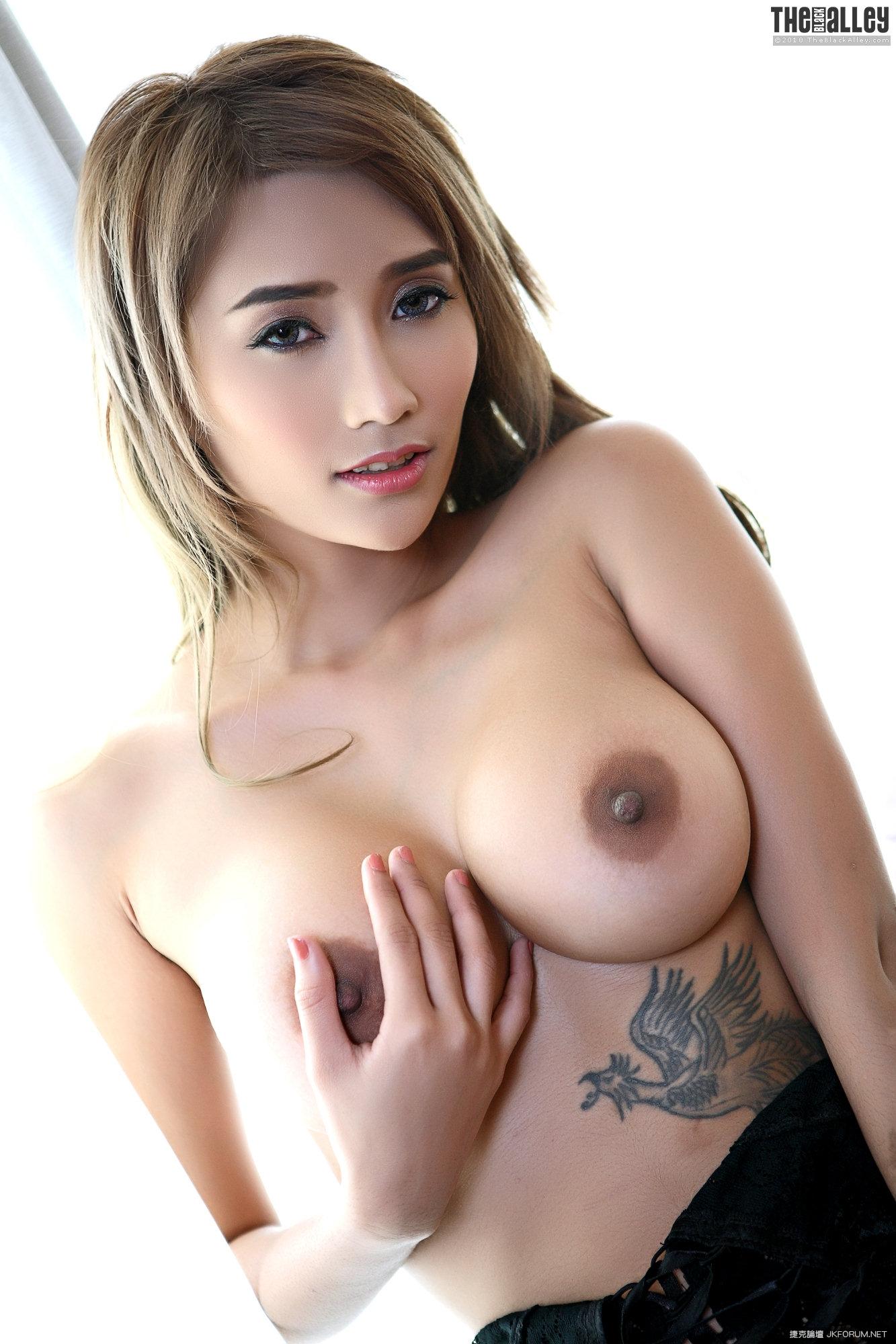 071759nmq4u6vvy78pux83.jpg