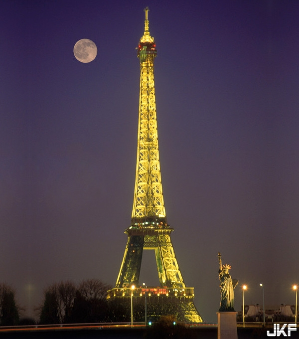 eiffel-tower-statue-liberty-paris-france.jpg