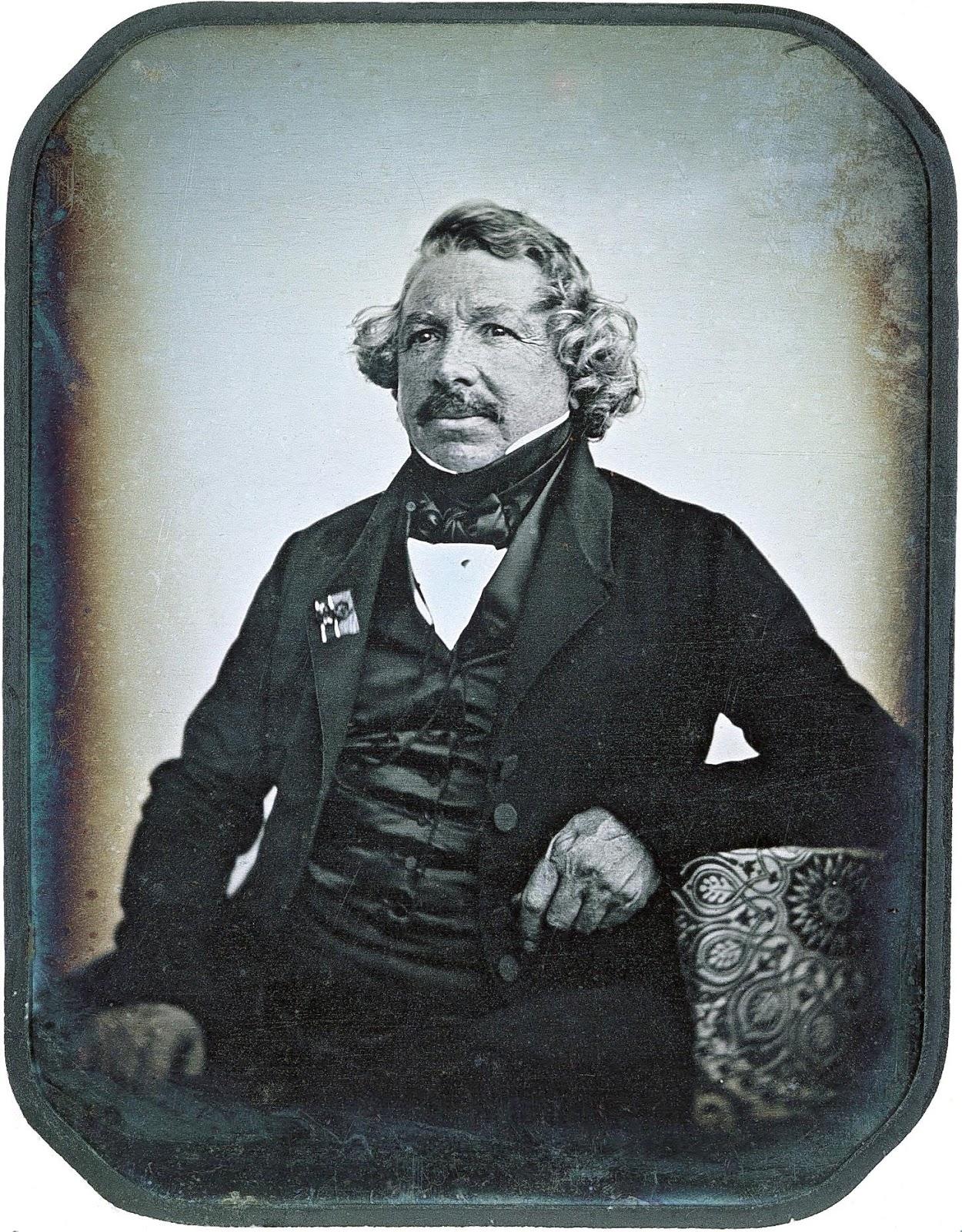 louis-daguerre-daguerreotype-portrait-1844-by-jean-baptiste-sabatier-blot.jpg