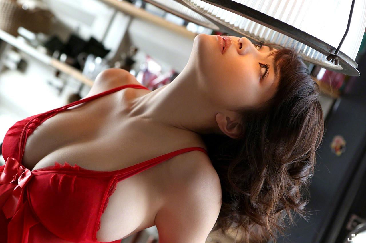 asuka-kishi-15091516-011.jpg