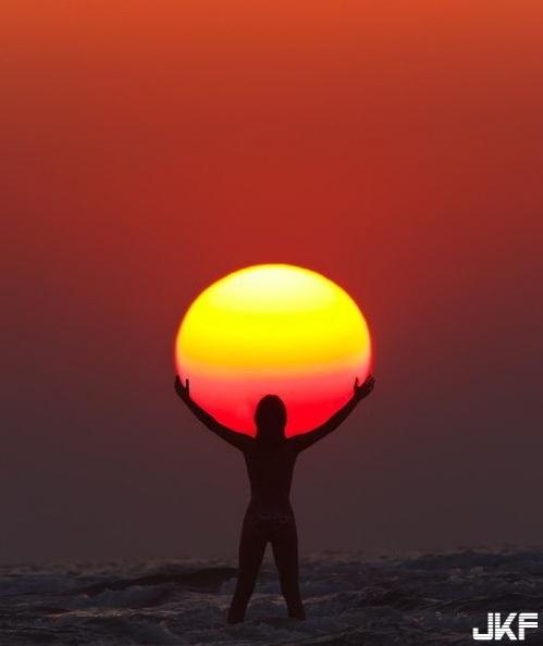 我抱住了太陽.jpg