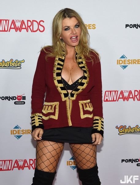 Vicky-Vette-Adult-Video-News-Awards-Arrivals-IC1F6LogFBMl.jpg