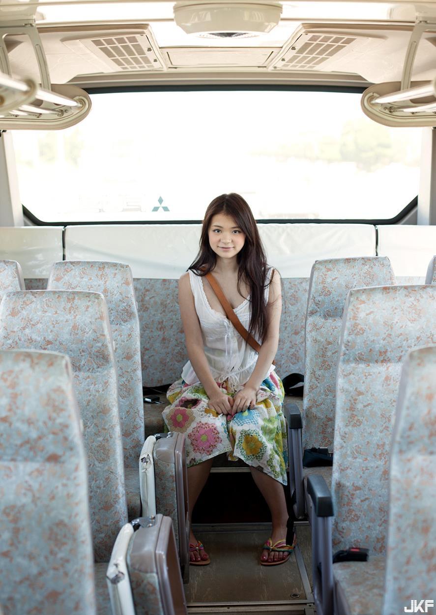 tsuruta_kana_160816_058.jpg