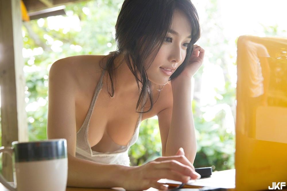 anna-konno20_30.jpg