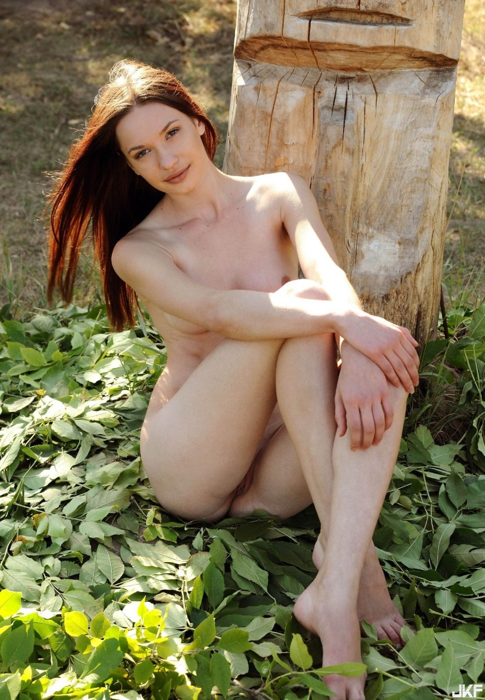 9679_potaskukha_u_derevjannogo_istukana_big_8.jpg