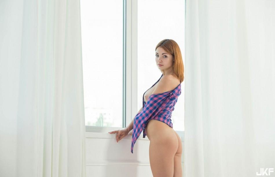 9661_potaskukha_s_krasivymi_siskami_big_25.jpg
