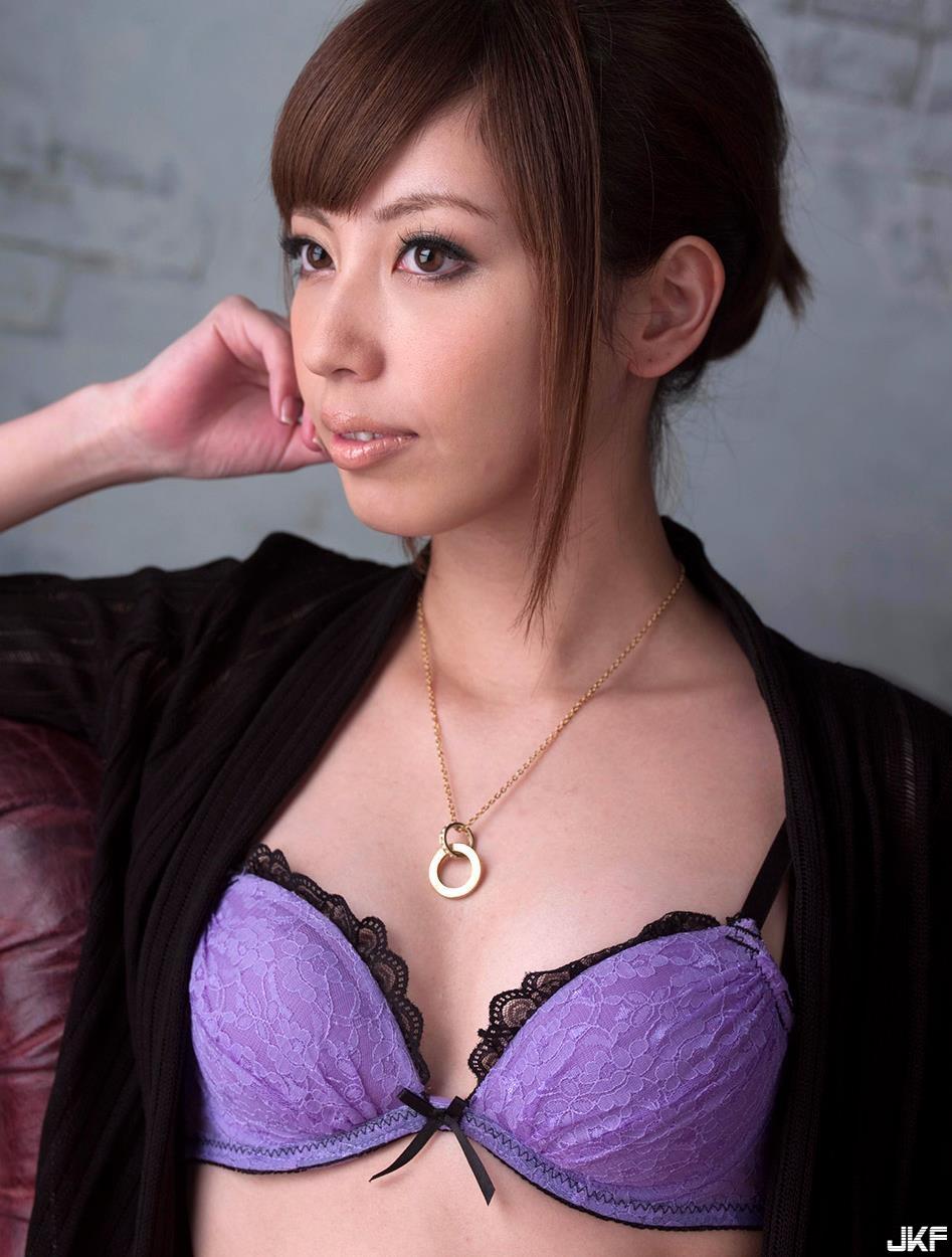 yokoyama_miyuki_160827_100.jpg