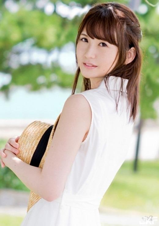 kotani_minori_5342-002s.jpg