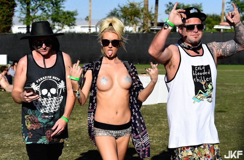 1460750428-coachella-people.jpg