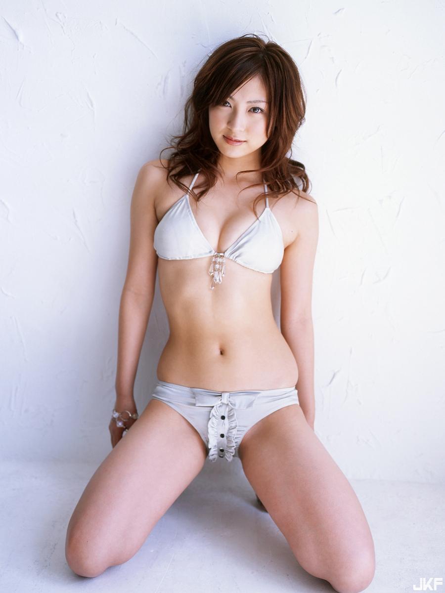 tatsumi-natsuko-515960.jpg