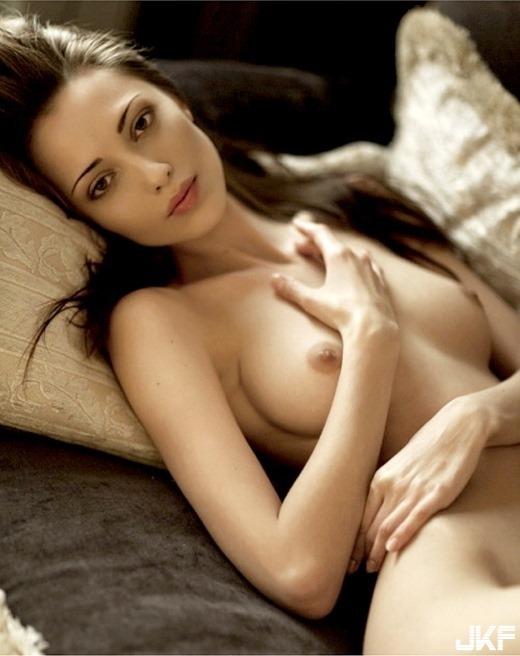 nude_5378-004s.jpg