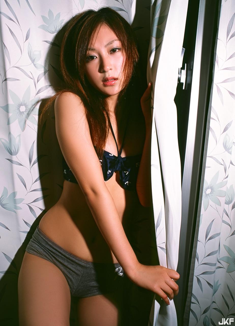 tatsumi-natsuko-528453.jpg